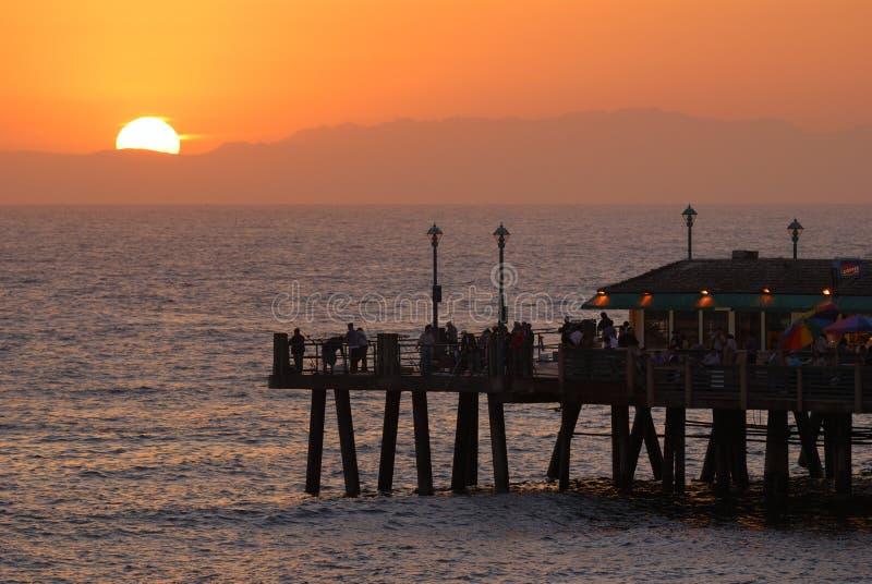 ηλιοβασίλεμα αποβαθρών στοκ φωτογραφίες με δικαίωμα ελεύθερης χρήσης