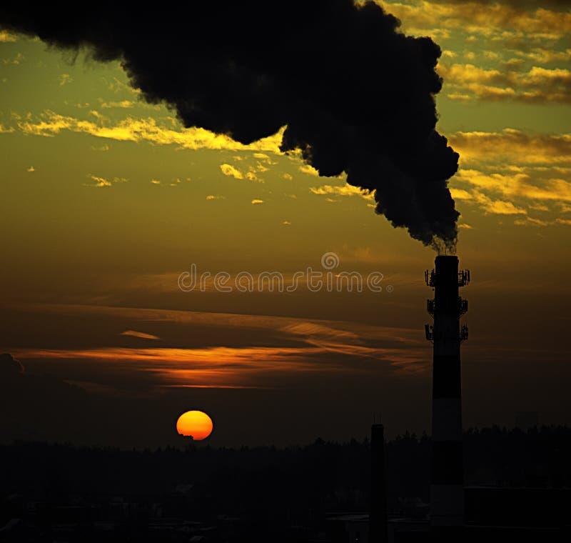 Ηλιοβασίλεμα από το μπαλκόνι στοκ εικόνα
