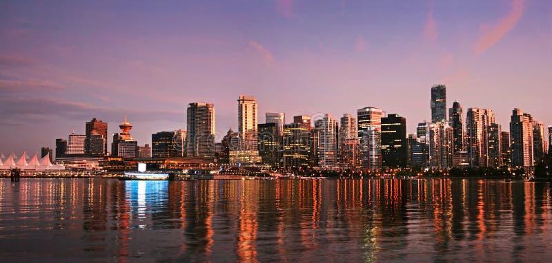 ηλιοβασίλεμα Βανκούβερ οριζόντων πανοράματος στοκ φωτογραφίες με δικαίωμα ελεύθερης χρήσης