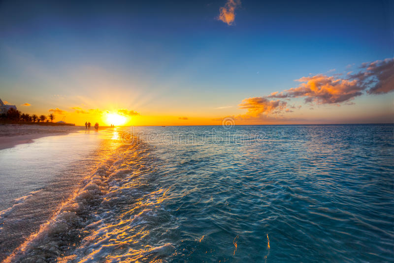 ηλιοβασίλεμα επιείκει& στοκ φωτογραφία με δικαίωμα ελεύθερης χρήσης