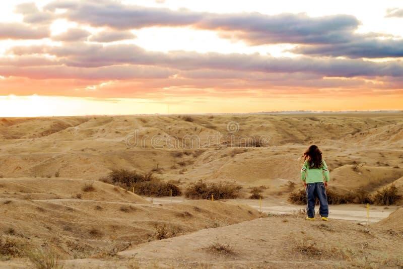 ηλιοβασίλεμα ερήμων στοκ φωτογραφίες με δικαίωμα ελεύθερης χρήσης