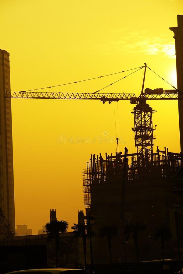 ηλιοβασίλεμα εργοτάξιων οικοδομής στοκ εικόνες