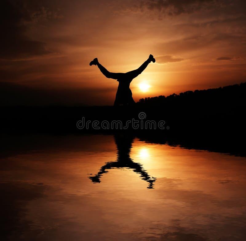 ηλιοβασίλεμα ευτυχία&sigmaf στοκ εικόνες