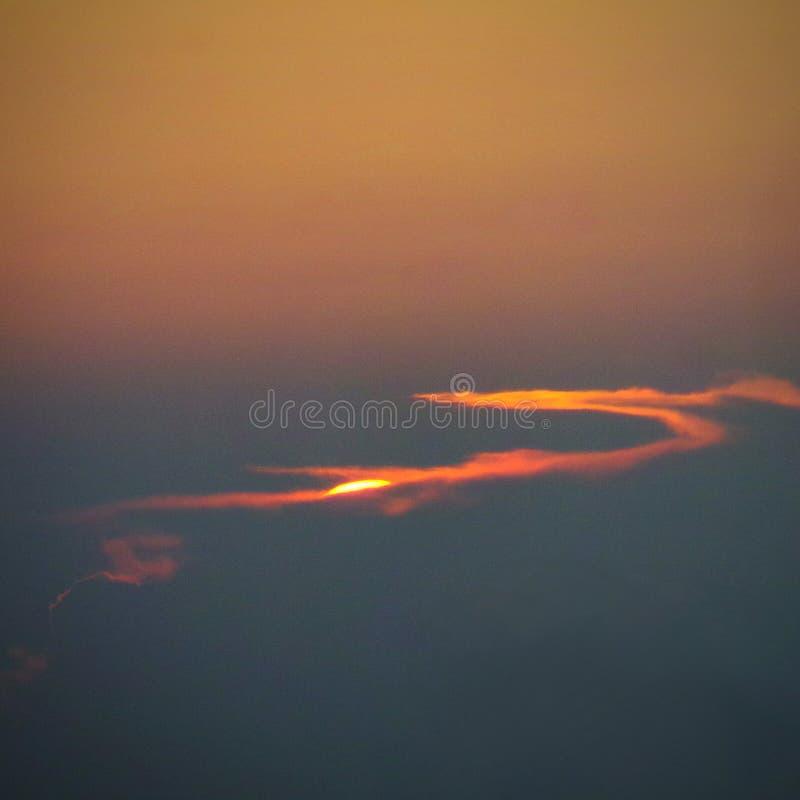 Ηλιοβασίλεμα λεπτών αργά στοκ εικόνες