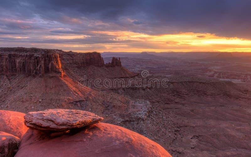 Ηλιοβασίλεμα λόφων συνδέσεων στοκ φωτογραφίες