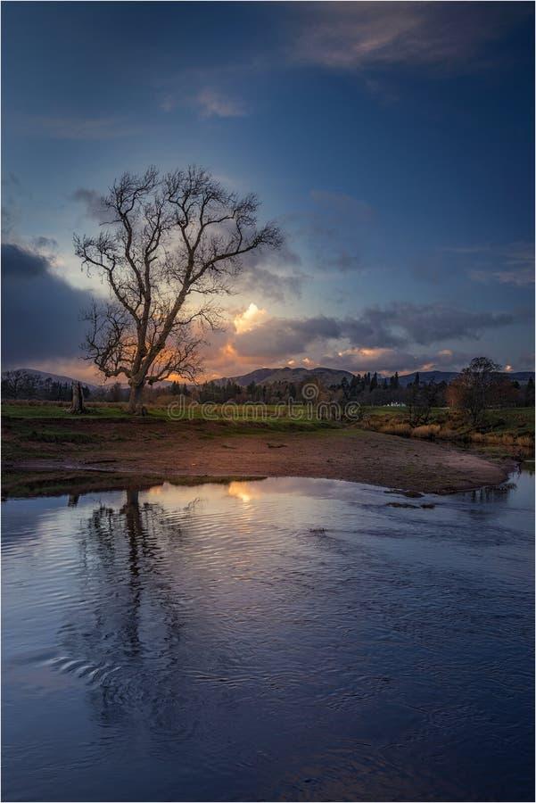 Ηλιοβασίλεμα Μαρτίου σε Drymen, Σκωτία στοκ φωτογραφία