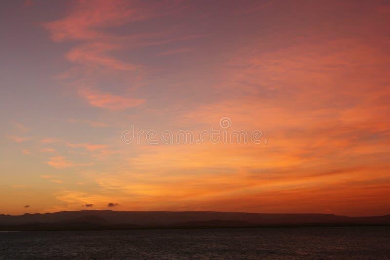 ηλιοβασίλεμα νησιών παρα& στοκ φωτογραφία