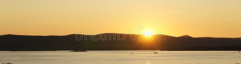 Ηλιοβασίλεμα πέρα από τη θάλασσα στο NA Moru, Κροατία Biograd στοκ φωτογραφίες με δικαίωμα ελεύθερης χρήσης