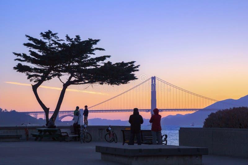 Ηλιοβασίλεμα πέρα από τη χρυσή γέφυρα πυλών, Σαν Φρανσίσκο, Καλιφόρνια στοκ φωτογραφία με δικαίωμα ελεύθερης χρήσης