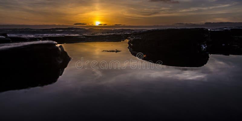 Ηλιοβασίλεμα πέρα από τις λίμνες παλίρροιας στο Σαν Ντιέγκο Καλιφόρνια στοκ εικόνα με δικαίωμα ελεύθερης χρήσης