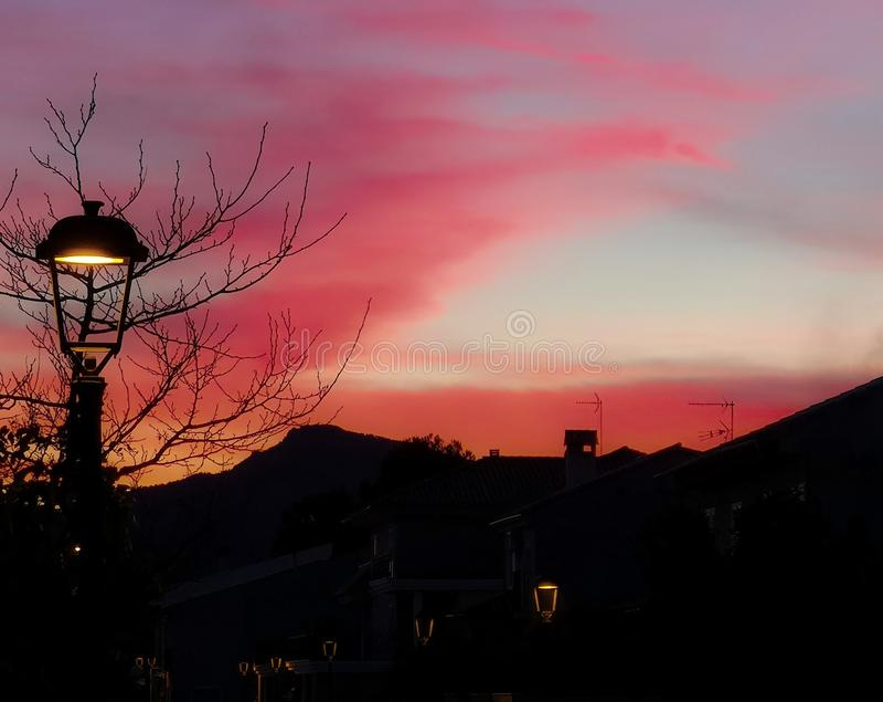 Ηλιοβασίλεμα πέρα από Alfara από τη βαρονία στοκ εικόνα