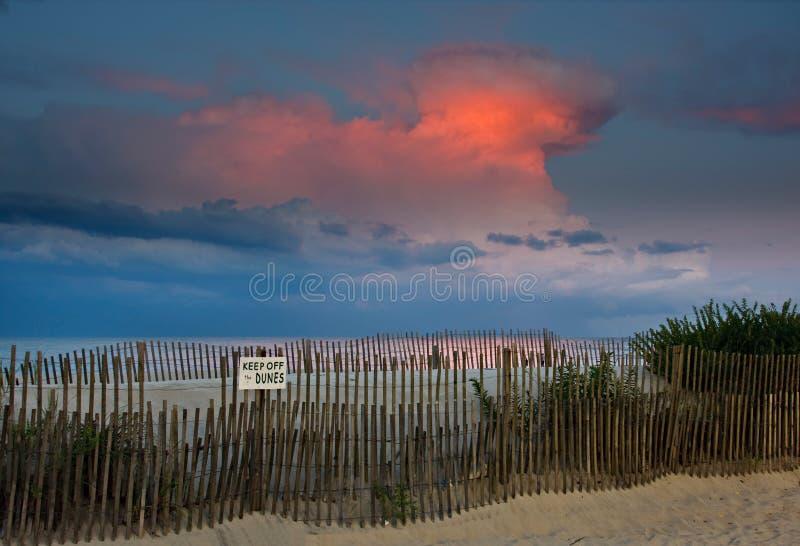 ηλιοβασίλεμα παραλιών thunderhe στοκ φωτογραφίες με δικαίωμα ελεύθερης χρήσης
