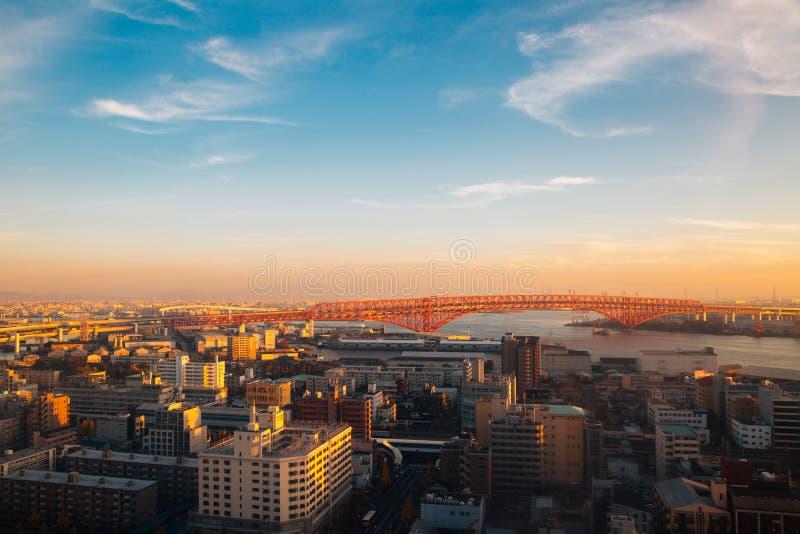 Ηλιοβασίλεμα πόλεων και λιμένων της Οζάκα στην Ιαπωνία στοκ φωτογραφίες