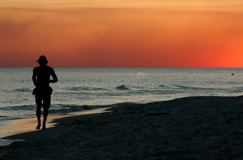 ηλιοβασίλεμα σκουντημάτων στοκ φωτογραφία