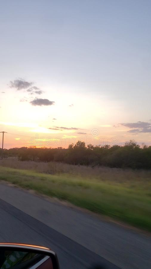 """Ηλιοβασίλεμα στα 85 Ï""""Î¿Ï… Τέξας στοκ εικόνες"""