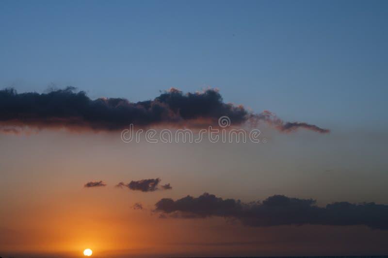 Ηλιοβασίλεμα στην Αβάνα, Κούβα Ιδανικά μέρη στα Καριμπέν στοκ εικόνες