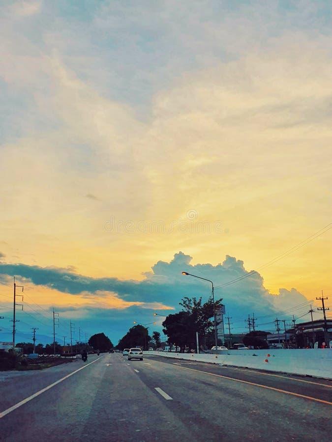 Ηλιοβασίλεμα στην Μπανγκόκ, Ταϊλάνδη στοκ εικόνες