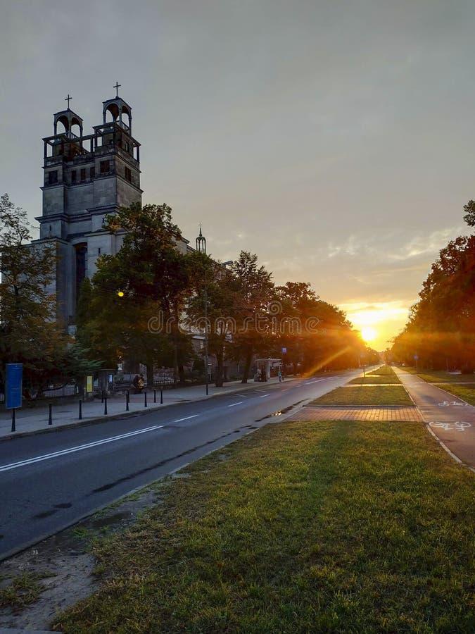 ηλιοβασίλεμα στην πόλη στοκ φωτογραφίες με δικαίωμα ελεύθερης χρήσης