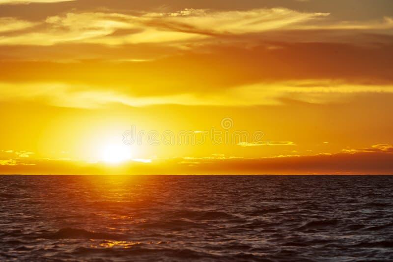 Ηλιοβασίλεμα στη χερσόνησο Valdes στοκ φωτογραφία με δικαίωμα ελεύθερης χρήσης