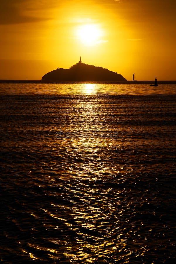 Ηλιοβασίλεμα στο θέρετρο Santa Marta - νησί EL Morro, Κολομβία στοκ εικόνες