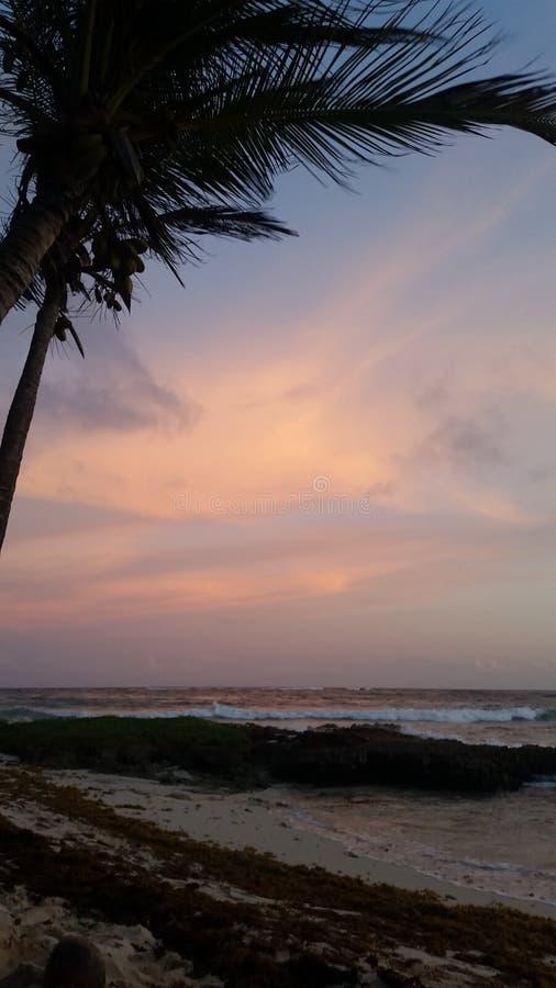 Ηλιοβασίλεμα στο νότιο σημείο στοκ εικόνες με δικαίωμα ελεύθερης χρήσης