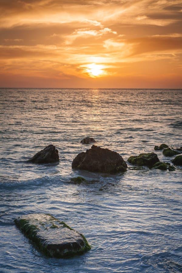 Ηλιοβασίλεμα στο πλήκτρο σιέστας στοκ εικόνες