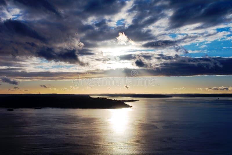 ηλιοβασίλεμα του Σιάτλ στοκ εικόνες με δικαίωμα ελεύθερης χρήσης