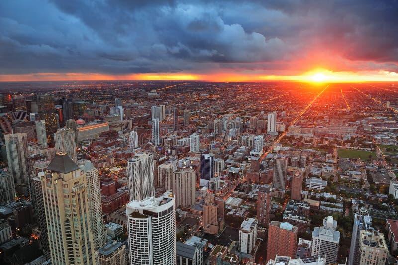 ηλιοβασίλεμα του Σικάγου στοκ εικόνες