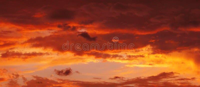 ηλιοβασίλεμα χρωμάτων Στοκ Εικόνες