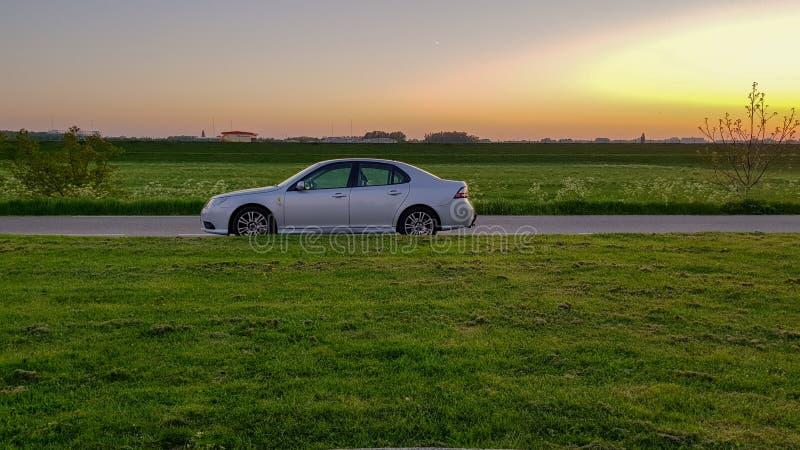 Ηλιοβασίλεμα Saab στοκ φωτογραφία με δικαίωμα ελεύθερης χρήσης