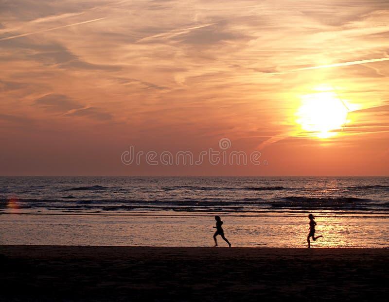 ηλιοβασίλεμα zandvoort στοκ εικόνες
