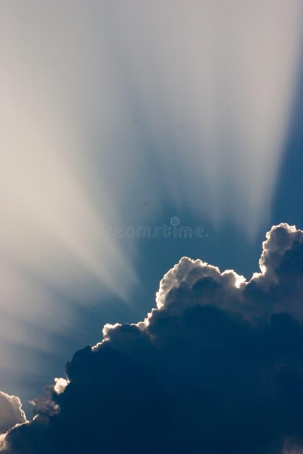 ηλιοφάνεια σύννεφων στοκ εικόνα με δικαίωμα ελεύθερης χρήσης