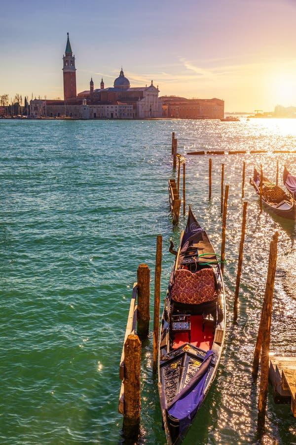 Ηλιόλουστη ημέρα στο τετράγωνο SAN Marco, Βενετία, Ιταλία κανάλι μεγάλη Βενετία στοκ εικόνα