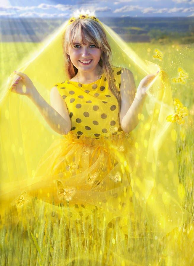 Ηλιόλουστη πριγκήπισσα στοκ φωτογραφία με δικαίωμα ελεύθερης χρήσης
