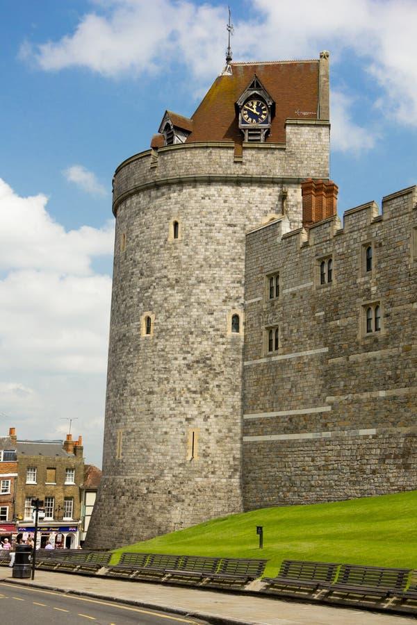 ηλιόλουστο windsor πύργων ημέρας απαγόρευσης της κυκλοφορίας κάστρων στοκ εικόνα
