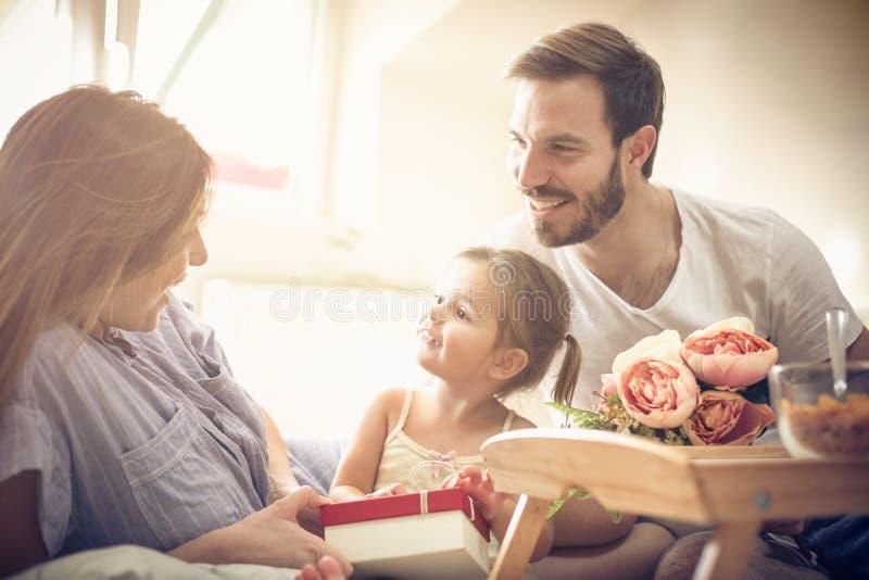Ημέρα μητέρων ` s εορτασμού στοκ εικόνα με δικαίωμα ελεύθερης χρήσης