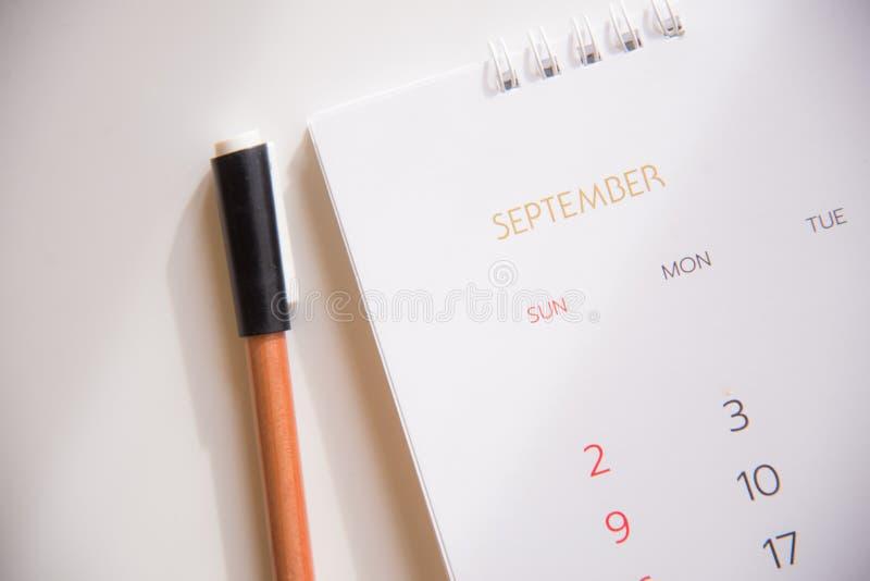 Ημερολογιακή σελίδα στον προγραμματισμό της έννοιας στοκ εικόνα με δικαίωμα ελεύθερης χρήσης