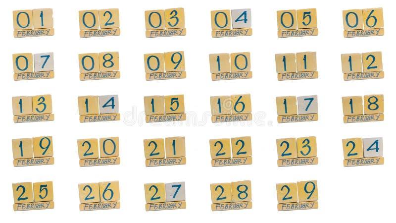 ημερολόγιο Φεβρουάριος πλήρης μήνας μέρα με τη μέρα όλες οι ημερομηνίες του μήνα στη διαταγή Χειροποίητο ξύλινο ημερολόγιο κύβων στοκ εικόνες