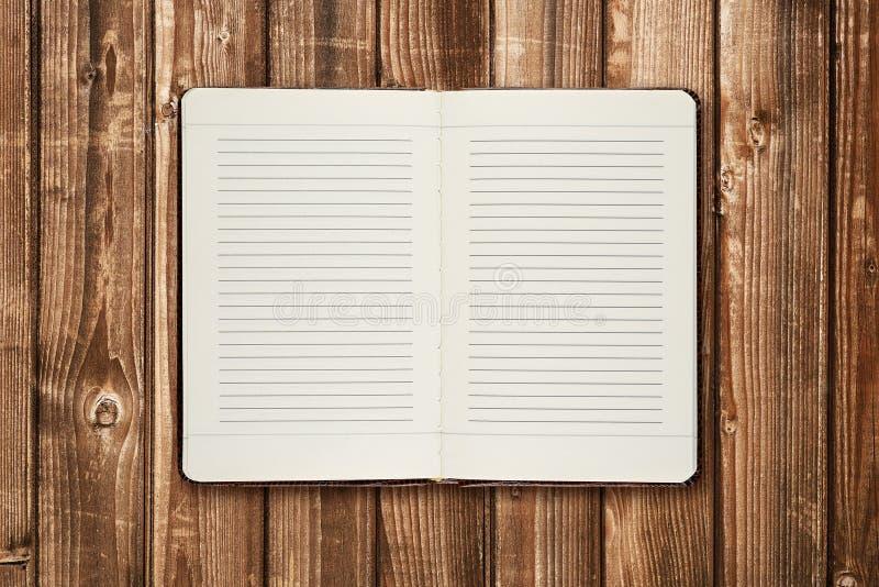 Ημερολόγιο στον πίνακα στοκ φωτογραφία με δικαίωμα ελεύθερης χρήσης