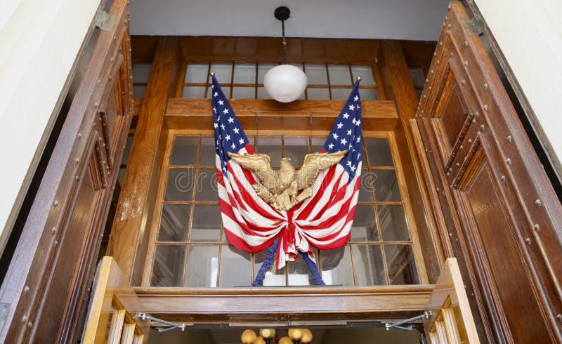 Ηνωμένη σημαία Αμερική με τον αετό στοκ φωτογραφίες με δικαίωμα ελεύθερης χρήσης