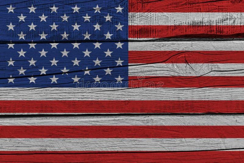 Ηνωμένη σημαία χρωματίζω στην παλαιά ξύλινη σανίδα ελεύθερη απεικόνιση δικαιώματος