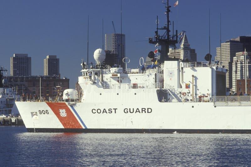 Ηνωμένη σκάφος ακτοφυλακής, λιμάνι της Βοστώνης, Μασαχουσέτη στοκ εικόνα