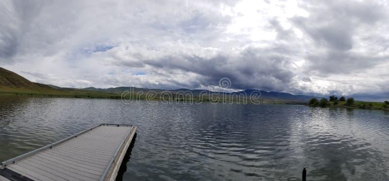 Ηρεμία στη λίμνη στοκ φωτογραφίες με δικαίωμα ελεύθερης χρήσης