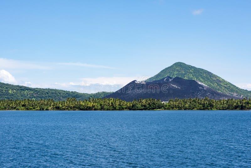 Ηφαίστειο Tavuvur, Ραμπούλ, Παπούα Νέα Γουϊνέα στοκ εικόνα