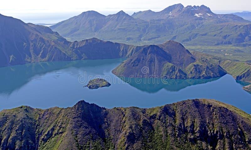 Ηφαιστειακό Caldera που αντιμετωπίζεται άνωθεν στοκ εικόνες