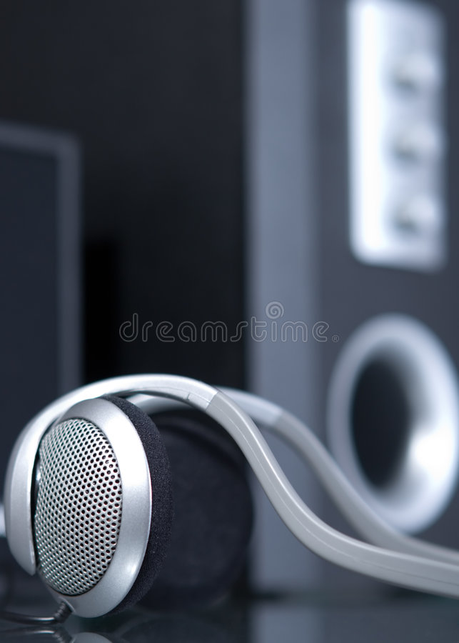 ηχητικά επικεφαλής τηλέφ&omega στοκ εικόνα με δικαίωμα ελεύθερης χρήσης