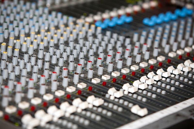 ηχητικός αναμίκτης στοκ φωτογραφία