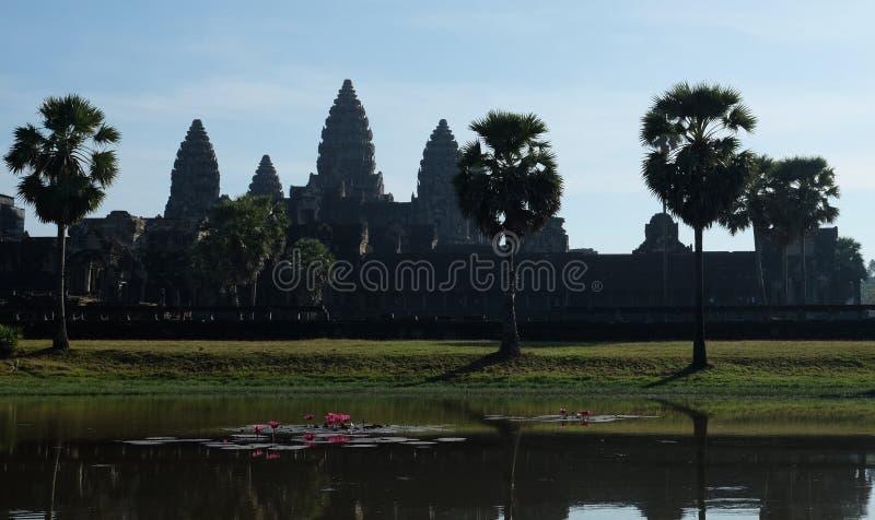 Η άποψη τοπίων Angkor Wat, ένας ναός σύνθετος σε Siem συγκεντρώνει την Καμπότζη στοκ φωτογραφία