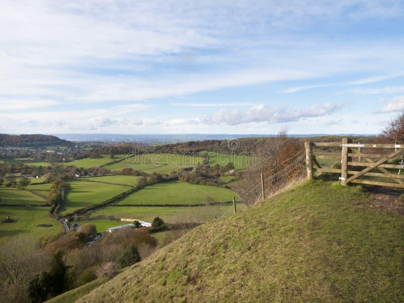 Η άποψη φθινοπώρου, Uley θάβει, Cotswolds, Gloucestershire, UK στοκ φωτογραφίες