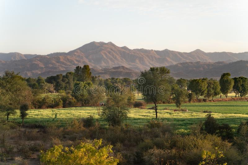 Η άποψη φύσης γύρω από την πόλη sadri στοκ εικόνα με δικαίωμα ελεύθερης χρήσης